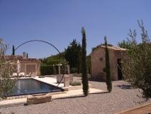 architecte-eygalieres-maison-pierre-piscine-13810