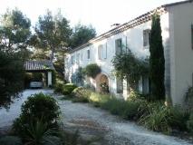 renovation-architecte-de-maison-piscine-baux-de-provence-maussane